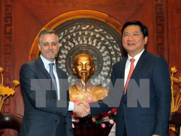 HCM City to cooperate with Microsoft in technology application hinh anh 1