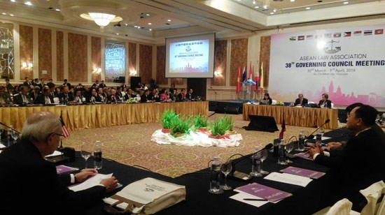 Vietnam hosts ASEAN Law Association meeting hinh anh 1