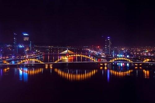 Da Nang's Rong Bridge receives US engineering award hinh anh 1