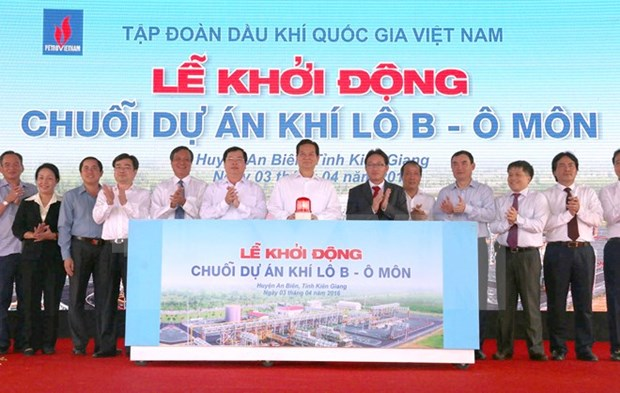 Prime Minister kicks off PetroVietnam's gas projects hinh anh 1