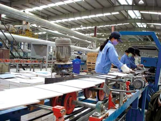 Business licence fees may triple hinh anh 1