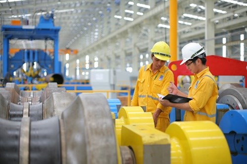 Vietnam's GDP declared robust, growth expected hinh anh 1