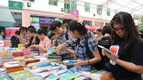 Vietnam ready for third Book Day hinh anh 1
