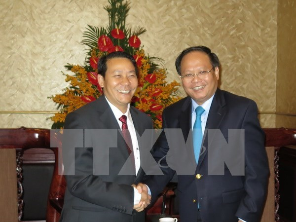 HCM City fosters trade ties with Lao province hinh anh 1