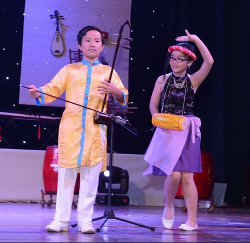 Traditional music enters curriculum in HCM City hinh anh 1