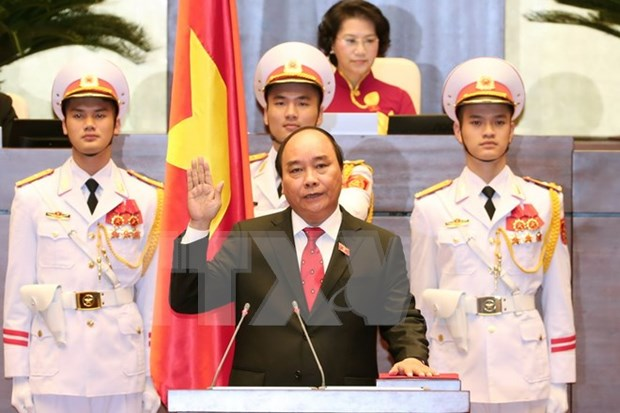 National Assembly elects Nguyen Xuan Phuc as new Prime Minister hinh anh 1