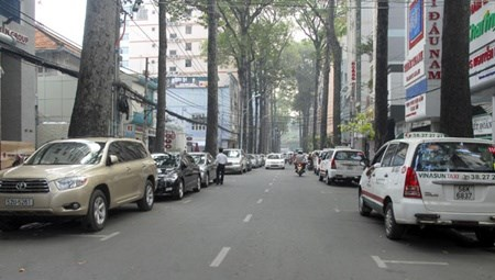 HCM City needs more underground car parks hinh anh 1