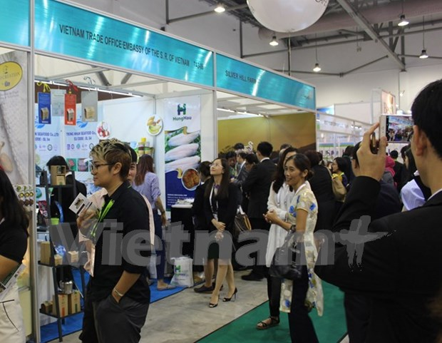 Vietnam promotes products at major food expo in Singapore hinh anh 1