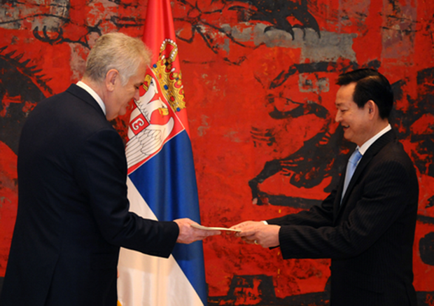 Serbian President to prioritise cooperation with Vietnam hinh anh 1
