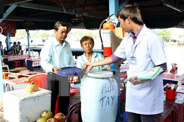 Zika prevention activities beefed up in prone localities hinh anh 1