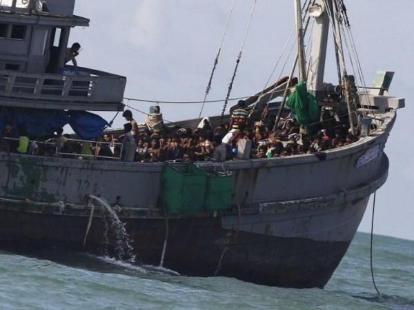 21 die in capsizing off Myanmar hinh anh 1