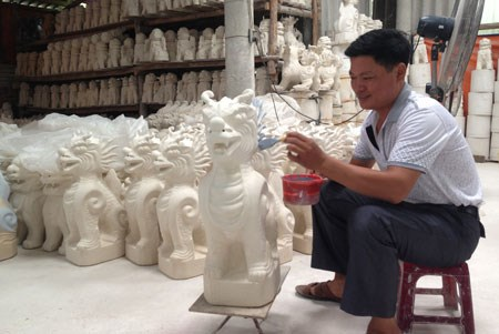 Kim Lan commune gains foothold in ceramics market hinh anh 1