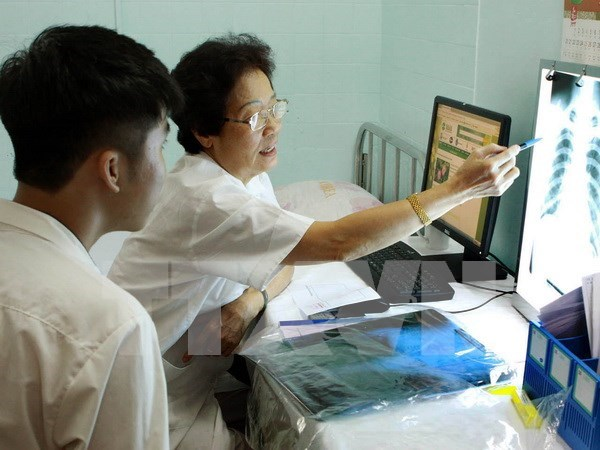 HCM City: family doctor clinics fail to attract patients hinh anh 1