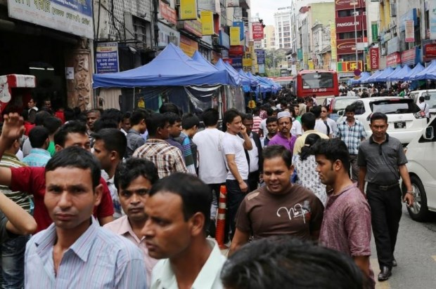 Malaysia alerted to foreign manpower shortage hinh anh 1