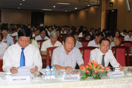 Press urged to bring 12th Party Resolution into life hinh anh 1