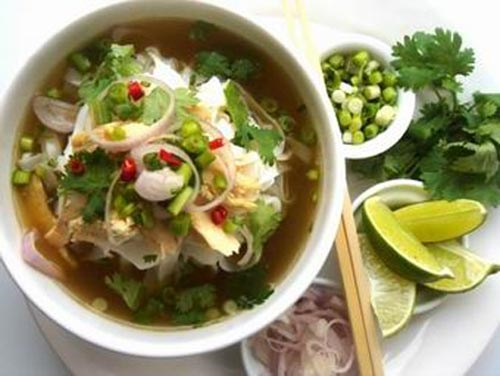 Vietnamese food festival opens in Venezuela hinh anh 1