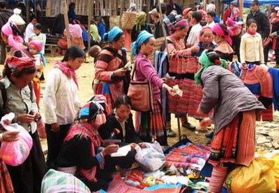 Festival highlights ethnic cultural colours hinh anh 1