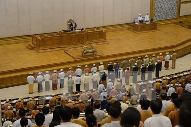 Myanmar bans cabinet members from appointing relatives as assistants hinh anh 1