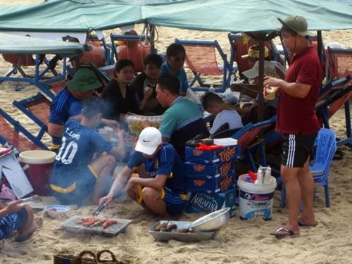 BBQ banned on Vung Tau beach hinh anh 1