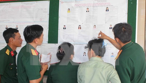 Ba Ria-Vung Tau: Voters at sea cast ballots ahead of Election Day hinh anh 1