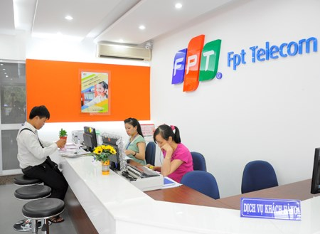 FPT earns 384 million USD in first quarter of this year hinh anh 1