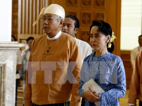 Laos, Myanmar beef up cooperation hinh anh 1