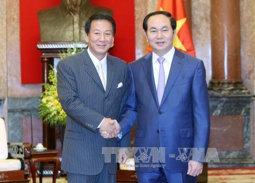 President receives Vietnam-Japan Special Ambassador hinh anh 1