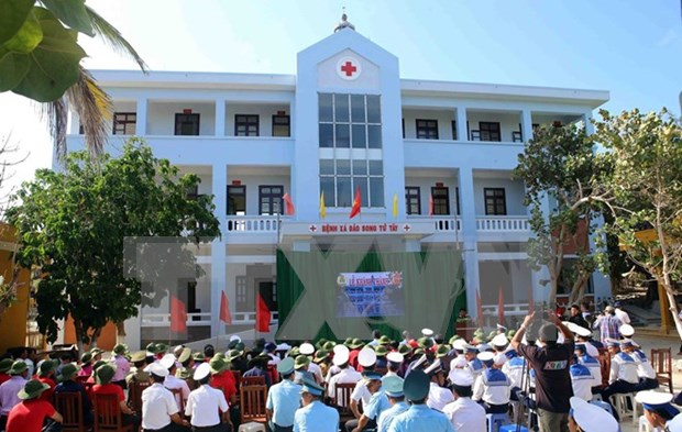 Song Tu Tay clinic becomes operational hinh anh 1