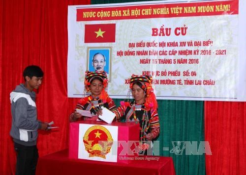 Early elections held in border communes in Lai Chau hinh anh 1