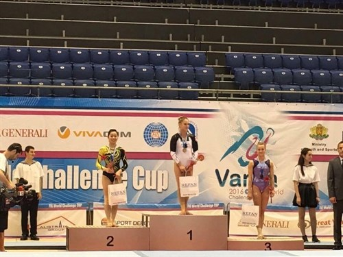 Gymnast Thanh bags silver medals in Bulgarian Cup hinh anh 1