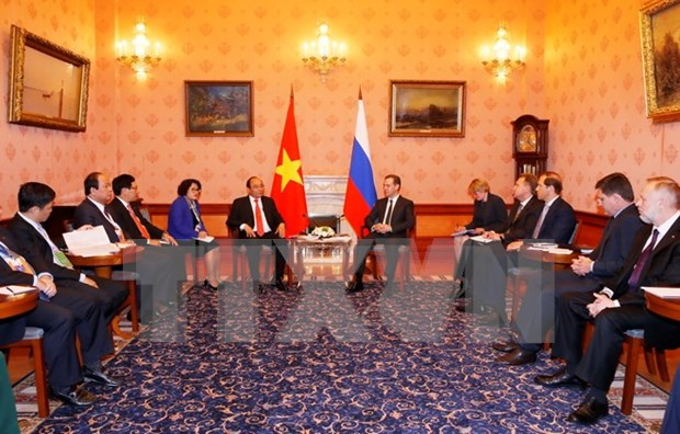Vietnam, Russia resolved to intensify comprehensive strategic ties hinh anh 2