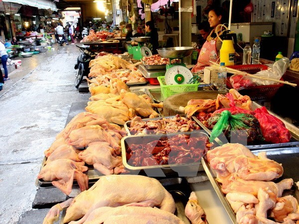 Hanoi unveils hotlines for food safety-related feedback hinh anh 1