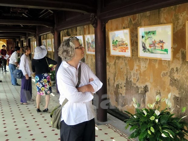 Hue in the eyes of foreign watercolour painters hinh anh 1