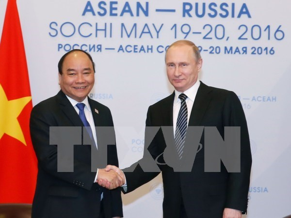 PM affirms Russia as strategic priority in diplomacy policy hinh anh 1
