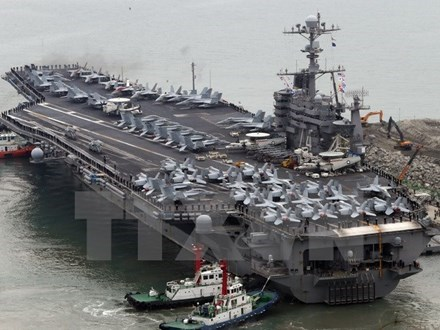 US fleet visits Philippines hinh anh 1