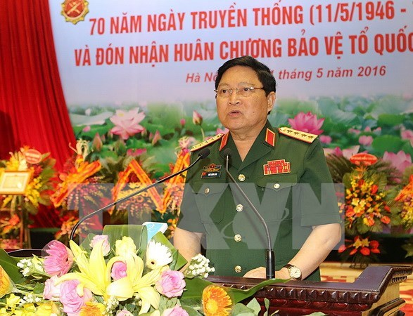 Defence minister pays official visit to Laos, attends ADMM-10 hinh anh 1