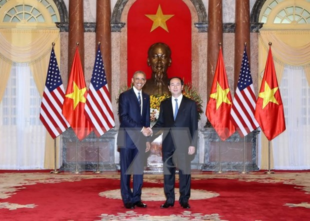 World media highlight US's full removal of weapon embargo to Vietnam hinh anh 1