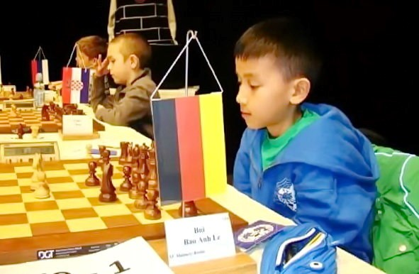 Anh wins U10 chess event in Germany championship hinh anh 1