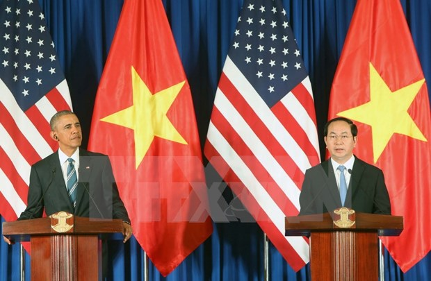 US lawmakers, veterans support lifting of arms embargo on Vietnam hinh anh 1
