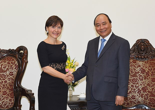 Prime Minister welcomes Italian Ambassador hinh anh 1