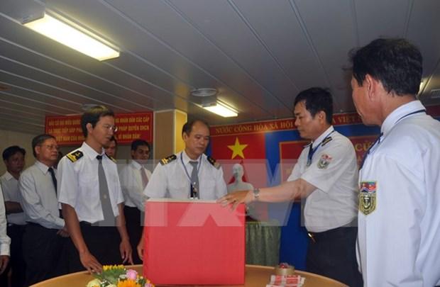 Lao newspaper explores plots against Vietnam hinh anh 1