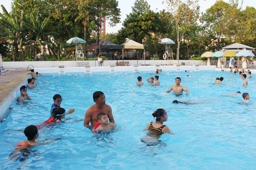 HCM City schools to offer swimming lessons hinh anh 1