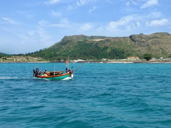 Action plan executes integrated coastal zone management strategy hinh anh 1
