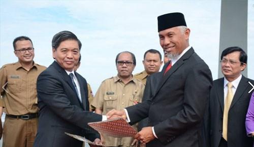 Vung Tau, Padang become twin cities hinh anh 1