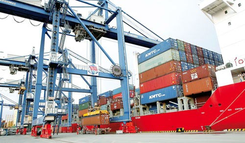 Logistics grows 24 percent annually hinh anh 1