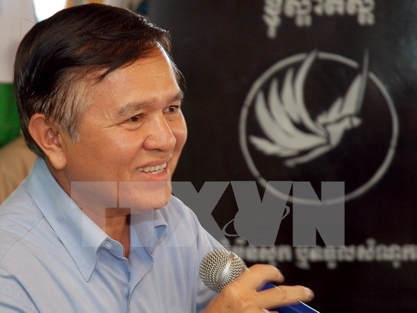 Cambodia's deputy opposition leader ordered to appear in court hinh anh 1