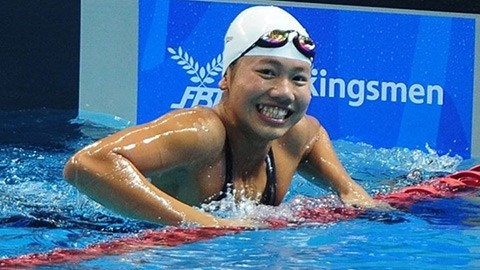 Vien sets record, wins gold in Indianapolis hinh anh 1