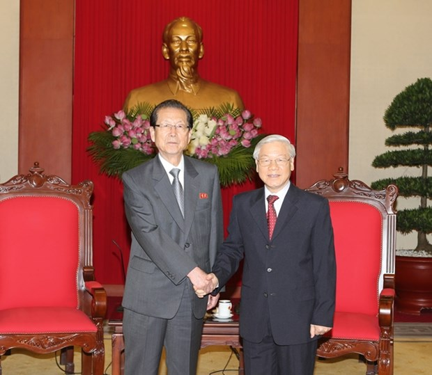 Party chief greets DPRK Workers' Party delegation hinh anh 1