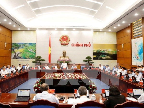 Government asks ministries to stay firm on set goals hinh anh 1