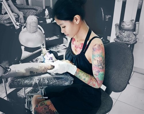 First International Tattoo Convention held in Vietnam hinh anh 1